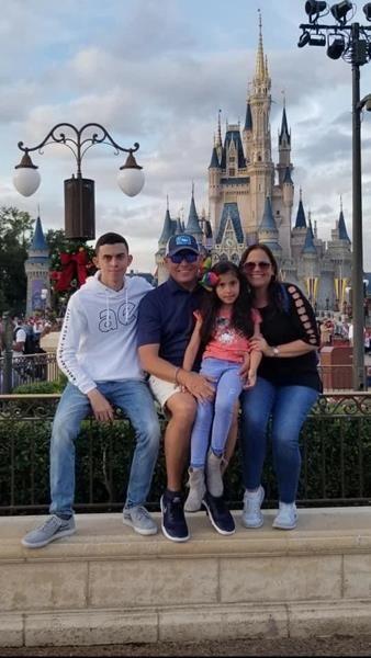 Foto de La familia de Javier Cardona